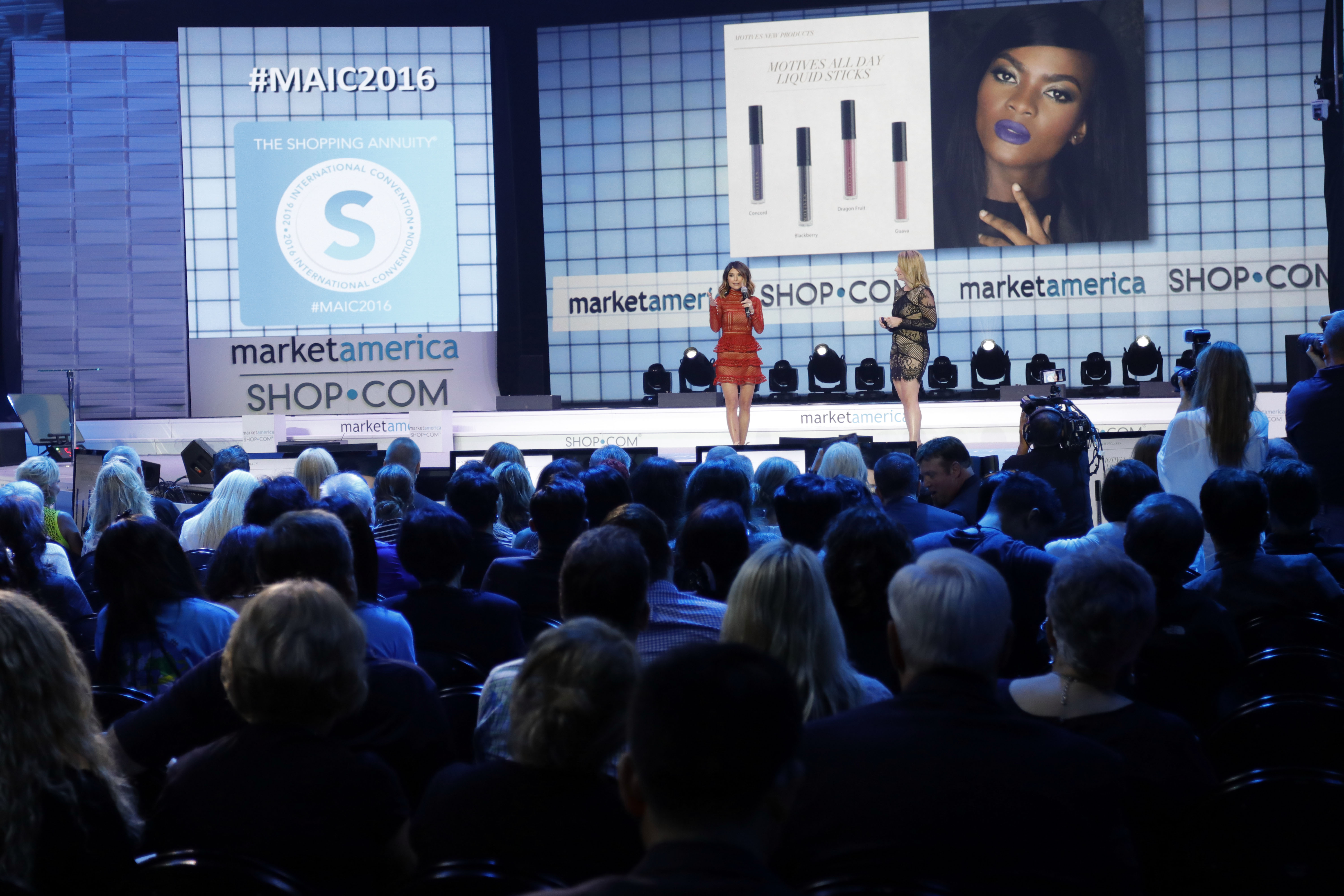 Kim and Maria on Stage new products