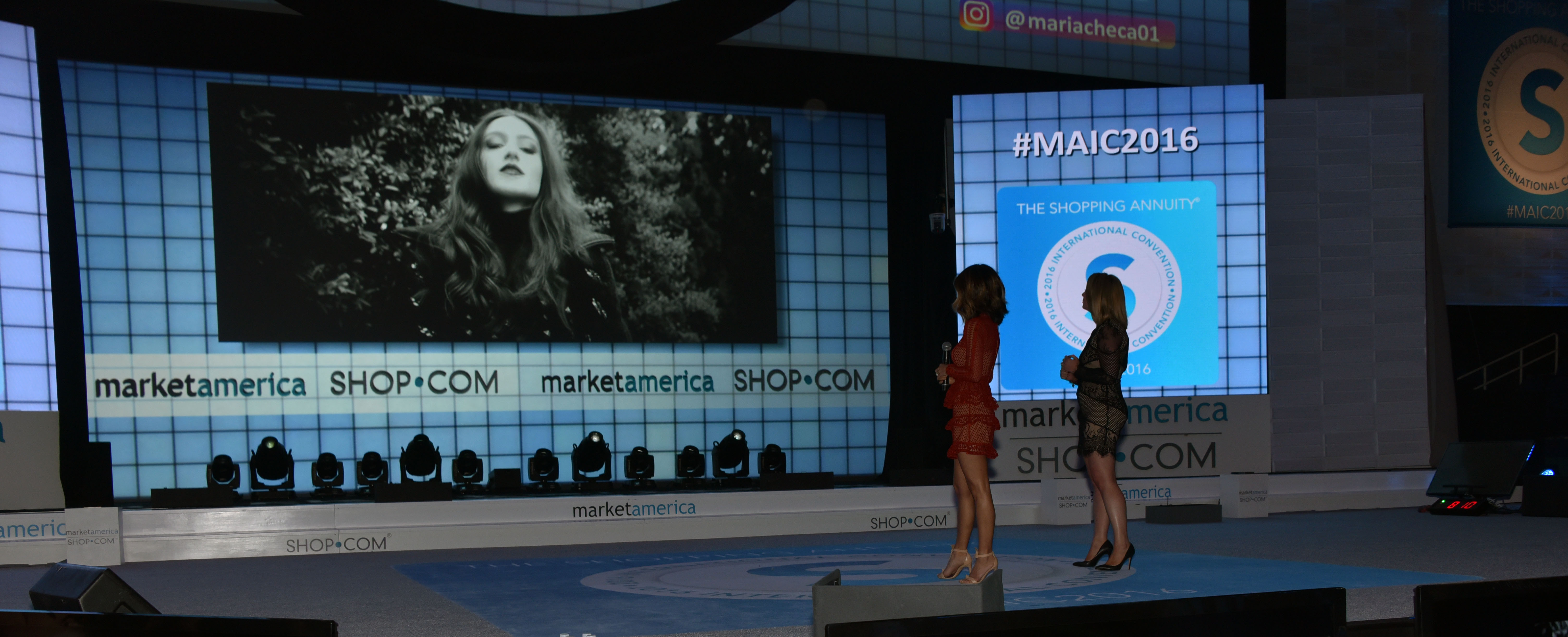 Maria and Kim on stage